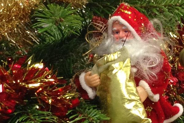 Voici le Père Noël du sapin de collant.fr